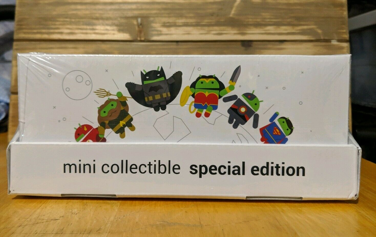 Android Pay Mini Collectible Special Edition Justice League Figures