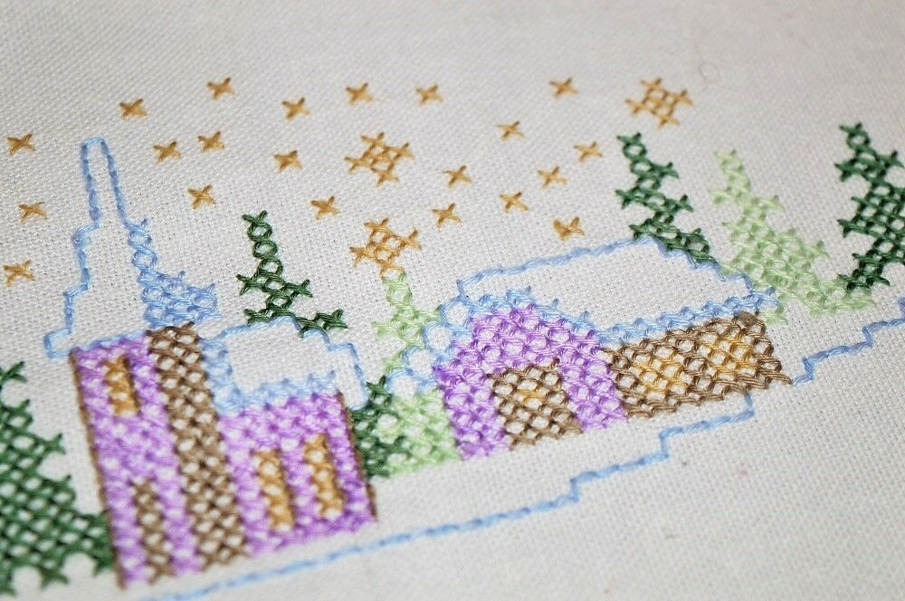 CHRISTMAS VILLAGE IN violet & LAVENDER  VINTAGE GERMAN LINEN BLEND TABLECLOTH