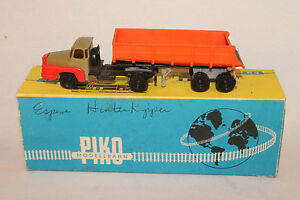 HO 1:87 scale Piko Espewe Unic Semi Truck with Gravel Trailer, Boxed