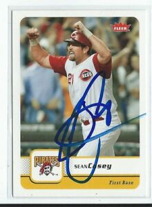 Sean Casey Signed 2006 Fleer Card #318