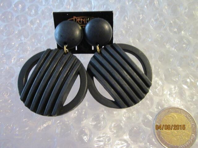 Ohrclip  Holz leicht    runder Hänger----schwarz---matt---XL  Posten nur 1,75