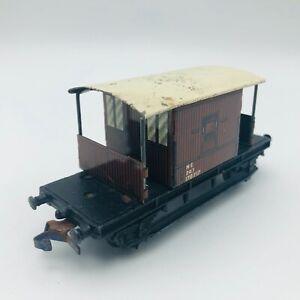 Hornby R6911A OO Gauge LSWR 20t Goods Brake Van 5359