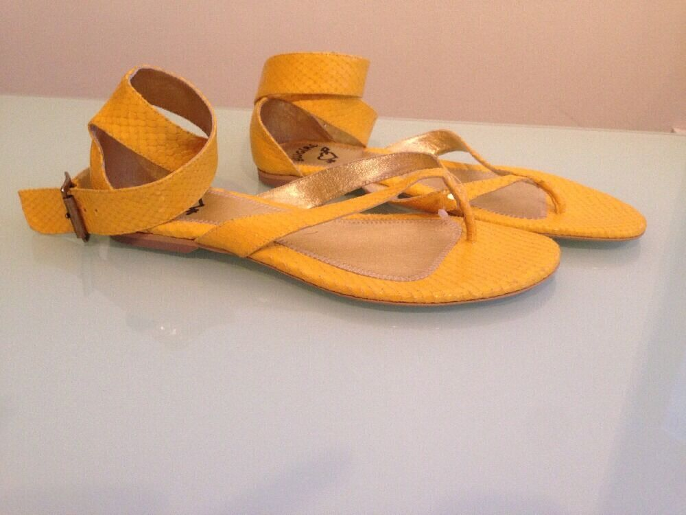 Blugirl Blumarine giallo Ankle Strap Thong Sandals, Dimensione 7.5 (EU 38) Retail  380