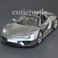Bburago 18-21076 Porsche 918 Spyder 1:24 Diecast Model Car Grey