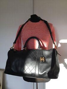 exceptionnel Sac De Voyage Cuir Noir Chanel Authentique Comme Neuf ... fbf625a2f2d
