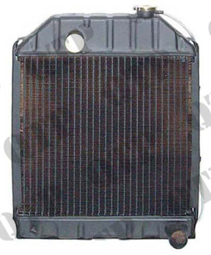 4825 Ford New Holland Radiator Ford 2000 3000 4000 - 4 Row - PACK OF 1