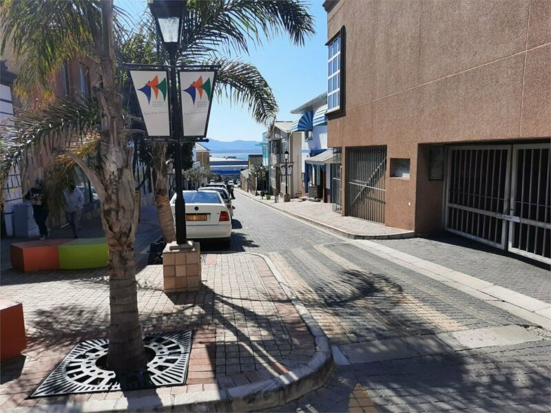 95m² Retail To Let in Mossel Bay Central at R55.00 per m²