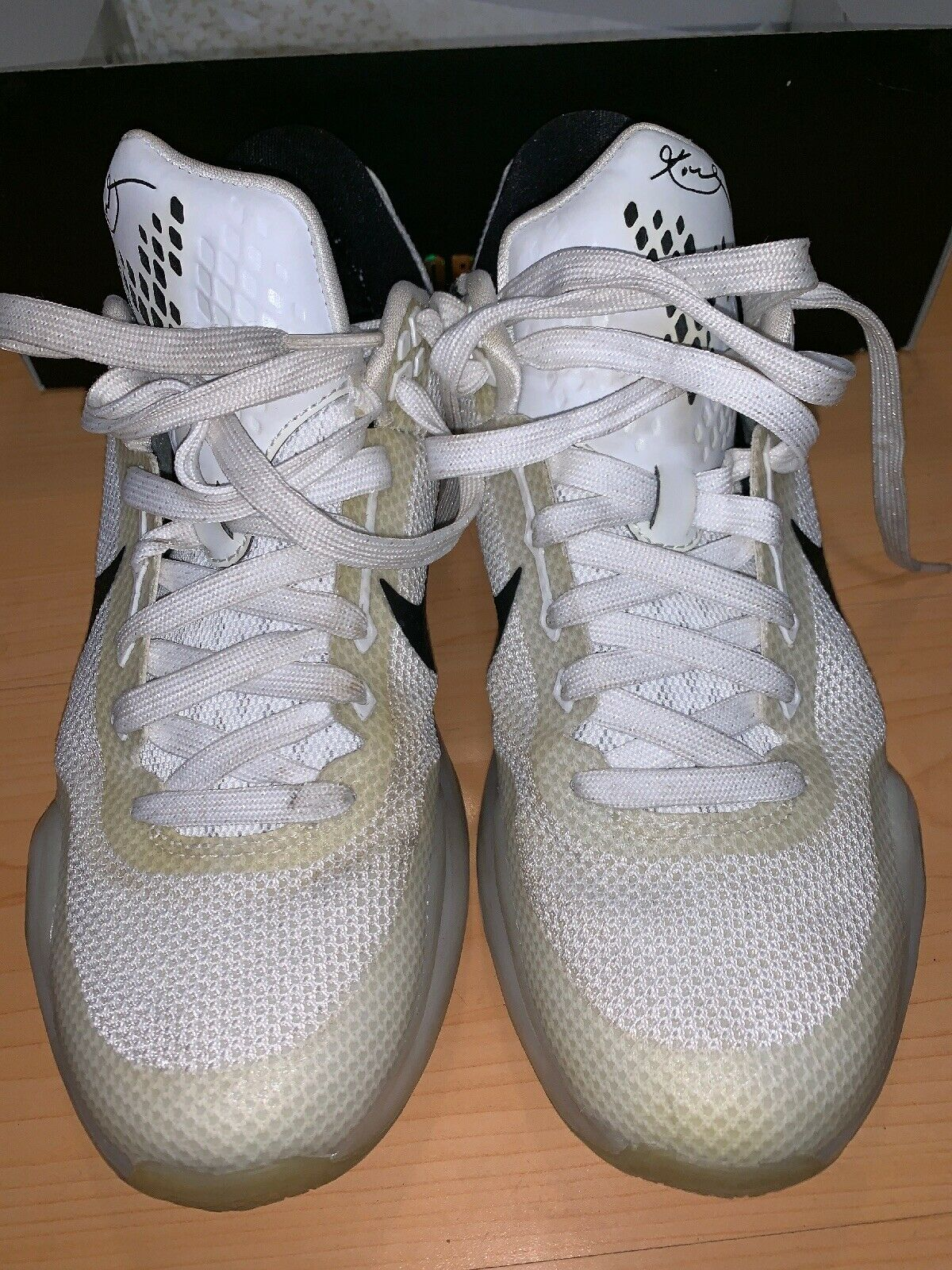 Nike Zoom Kobe X Size 8 In Great Condition With OG Box WHITE