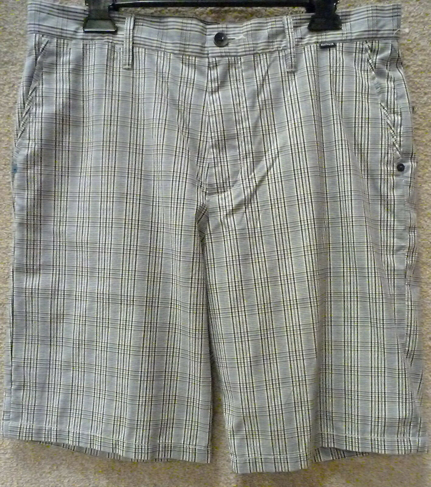 Hurley Men's Shorts -- Size 33 , 34