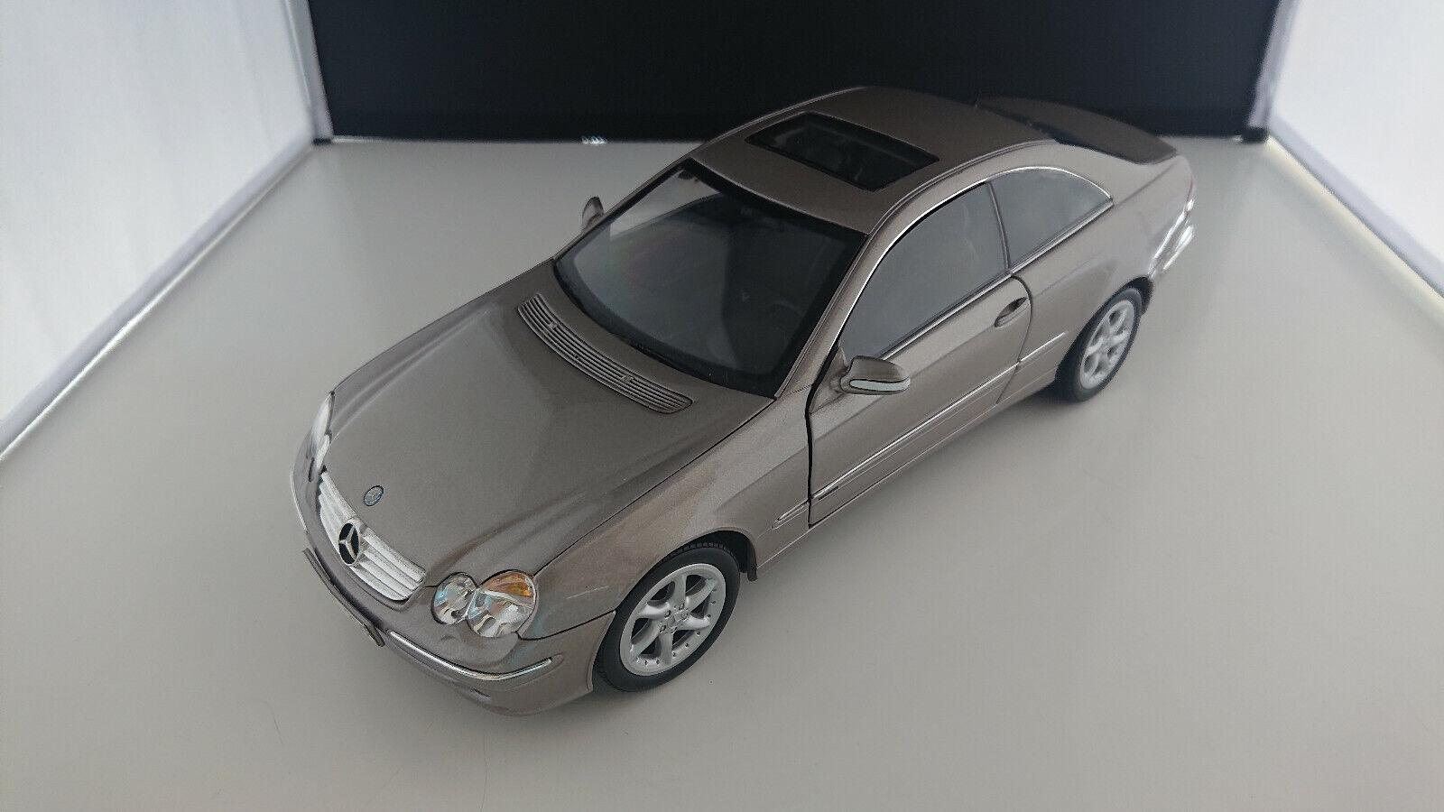 1 18 Kyosho Mercedes CLK 240 Spécial Modèle Cuir ormet.
