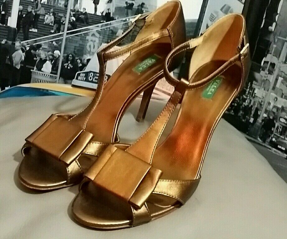 5 VALEA FIRENZE COPPER METALLIC Heels size 38.5  8 8.5 Italy Celeb Mad Men