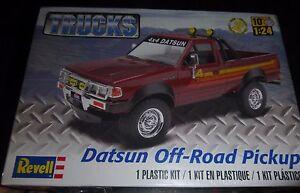 Revell 85-4321 1/24 Datsun Off-Road Pickup Model Car Mountain KIT FS