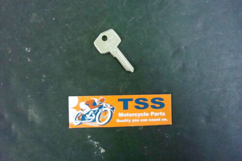 62FS TRIUMPH BSA NORTON IGNITION KEY BLANKS