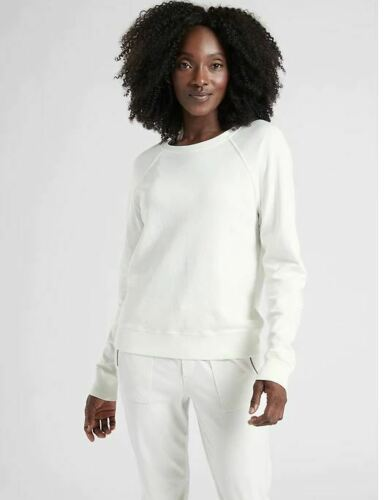 Athleta NWT Women/'s Sundown Sweatshirt Size Med Color Calla Lily