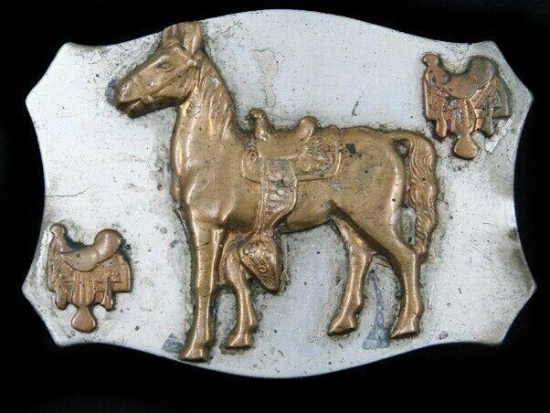 SF03151 VINTAGE 1960s **HORSE & SADDLES** WESTERN & COWBOY BELT BUCKLE