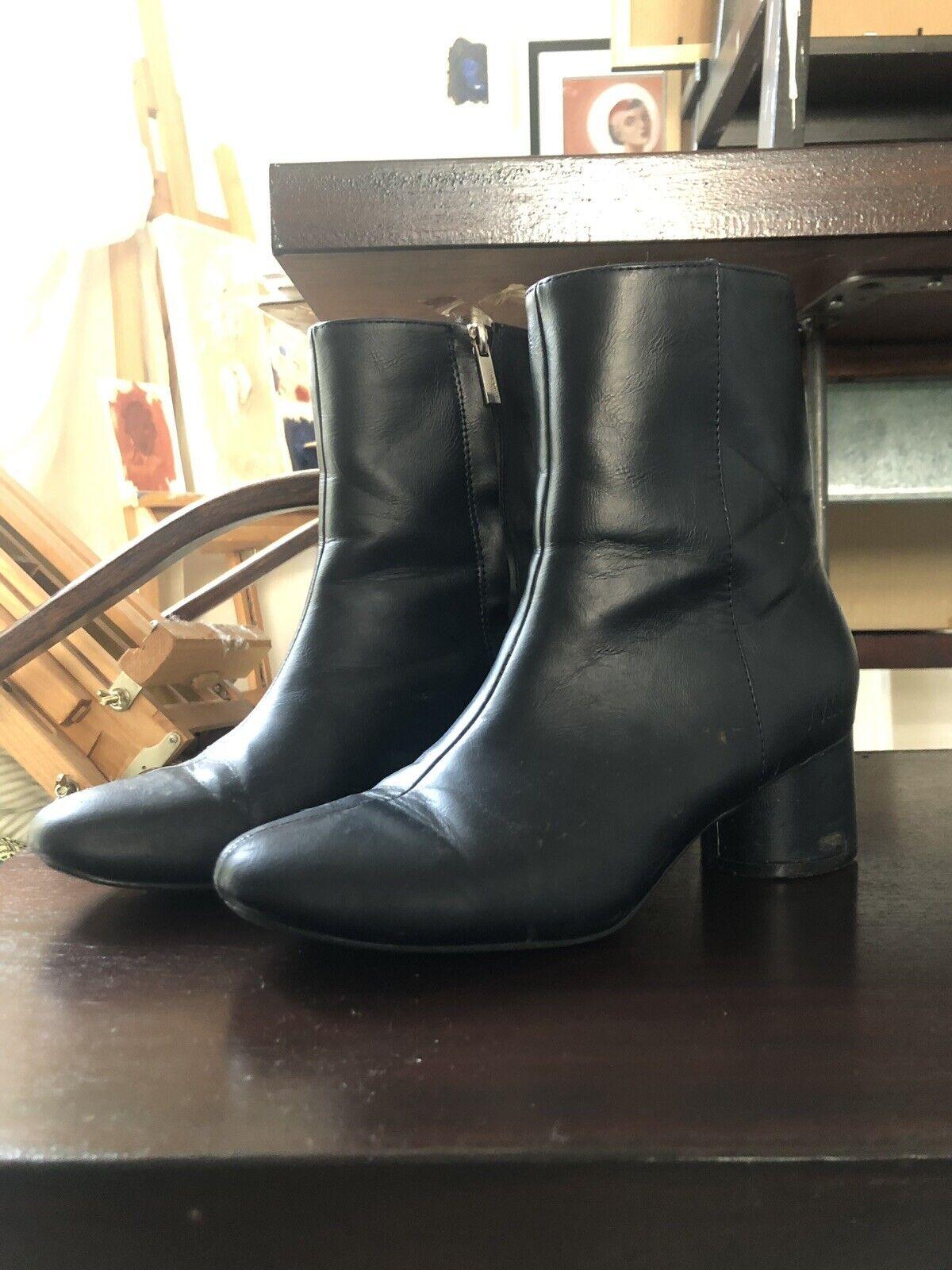 Matt And Nat Vegan Leather Navy Ankle Stiefel Round Heel
