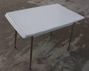1950er 60er Jahre Vintage Tisch Ausziehbar Mit Resopal Platte