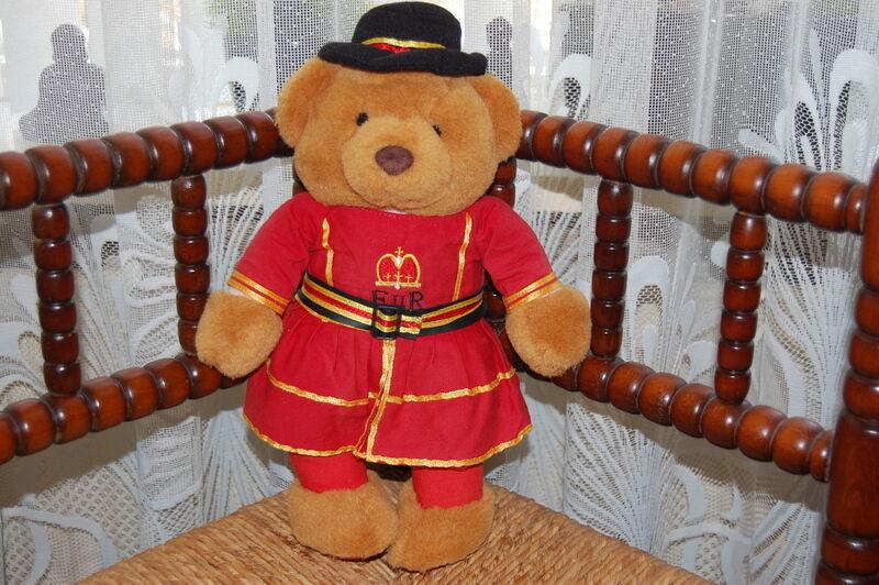 Vintage Early 1980s Keel Toys UK Beefeater EnR Teddy Bear Plush
