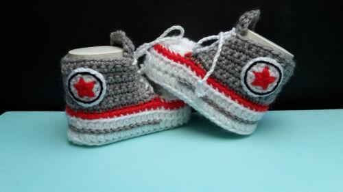 Neu ! Babychucks Babyschuhe Chucks Geschenk gehäkelt gestrickt  Farbwahl