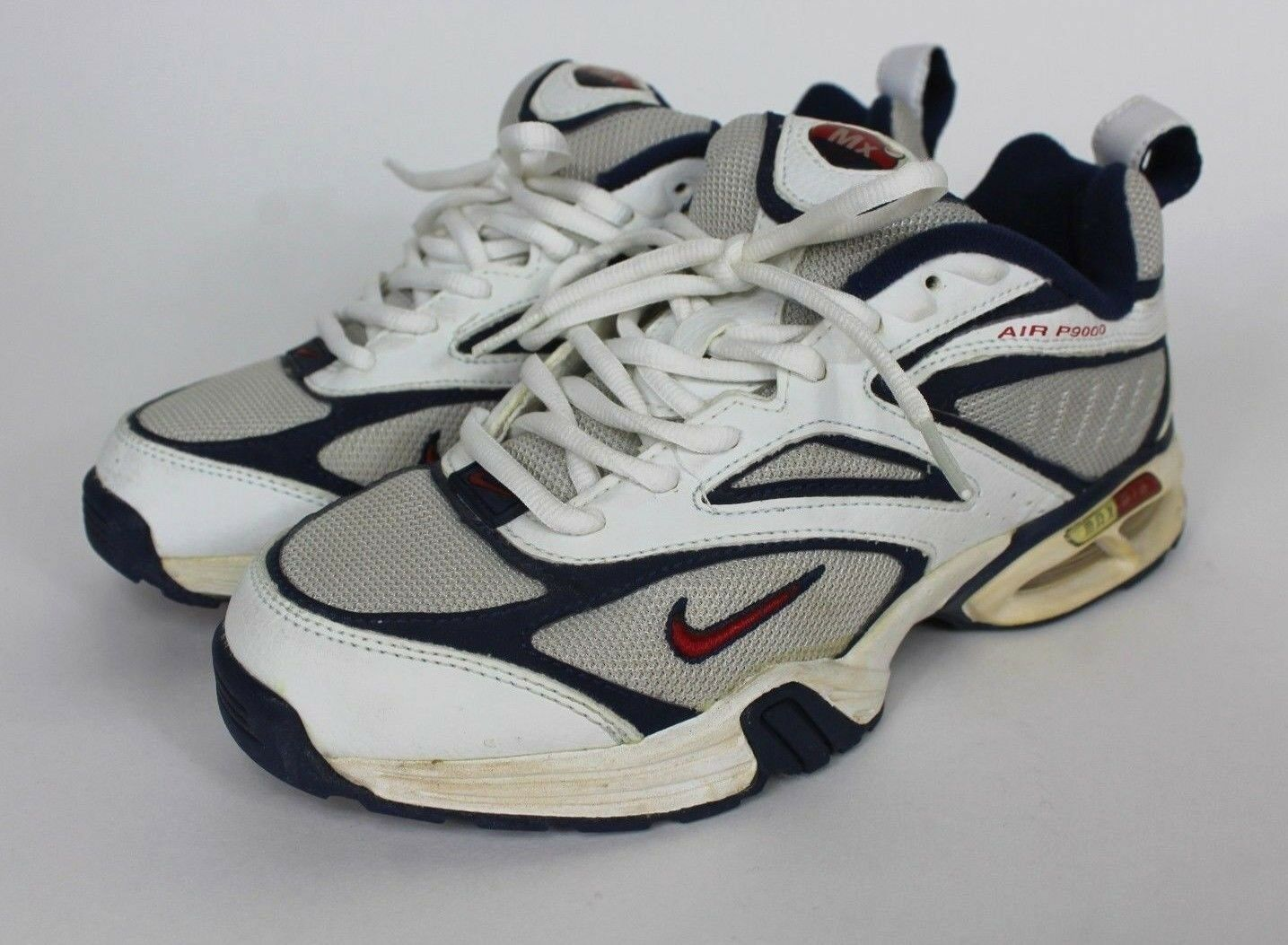 White NIKE AIR Trail Vintage 2002 Release P9000 Women's SIZE 7.5 Running Shoes