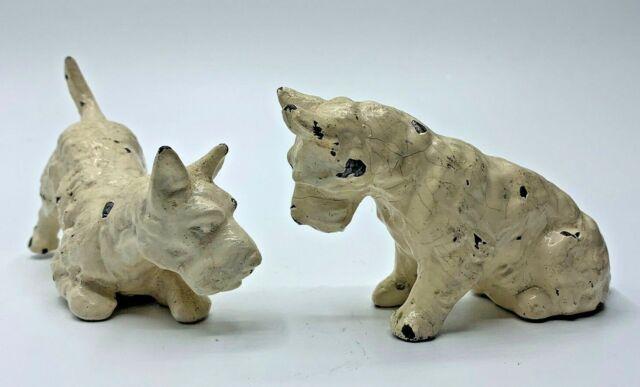 Vintage Pair of Cast Metal Scottie Scottish Terrier Miniature Painted Figurines