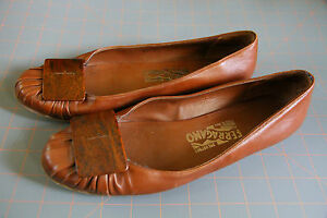 Salvatore-Ferragamo-Flats-Shoes-Italy-Womens-8-5-B-Brown-Wood-Buckle-99079