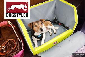 hundesitz hundebox hundesitz auto hund kofferraum. Black Bedroom Furniture Sets. Home Design Ideas