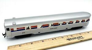 Life-Like-Ho-Scale-Train-AMTRAK-SILVER-VISION-Coach-Car-RD-9545-Light-Function