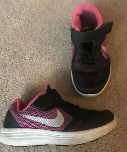 Détails sur Nike Revolution 3 Running Baskets Rose Noir Blanc UK Nourrisson 11 afficher le titre d'origine