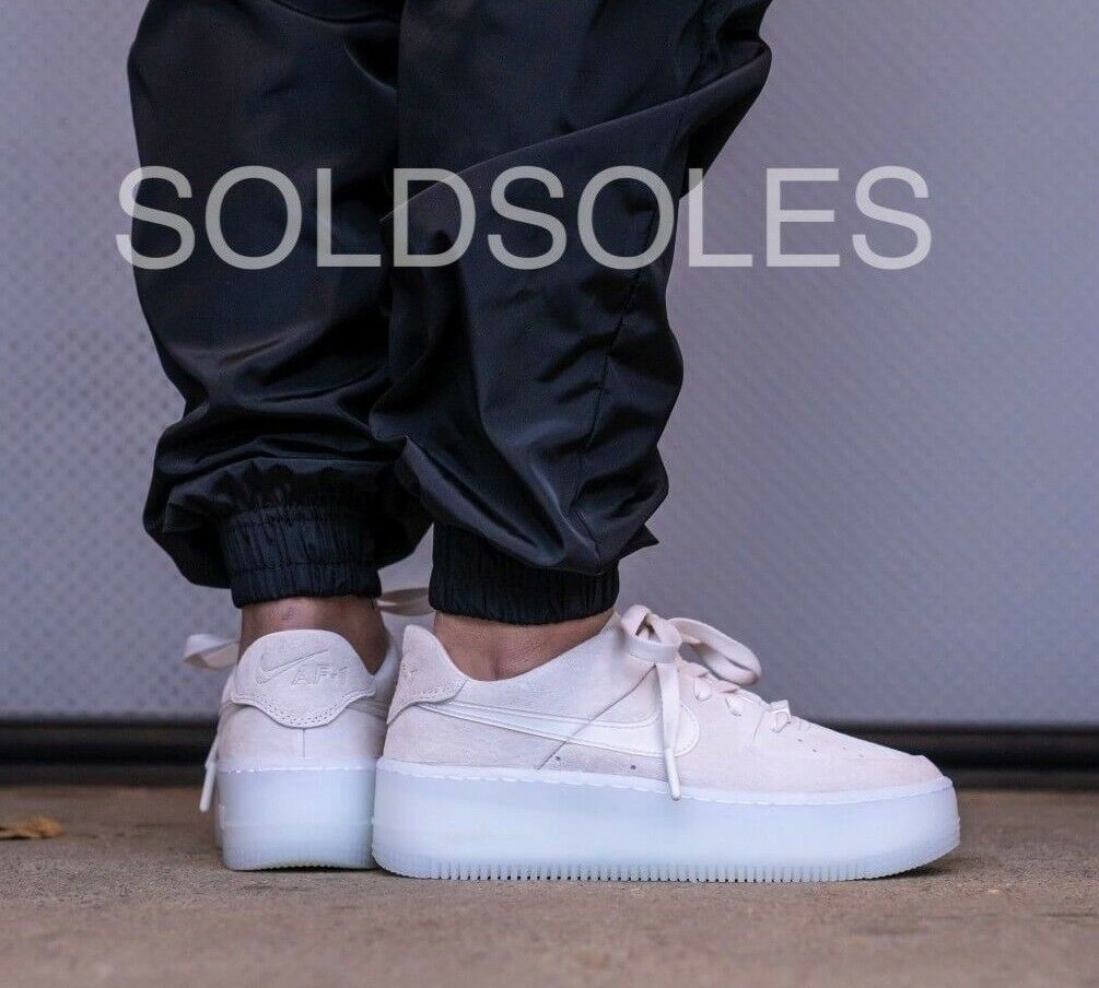 Nike Air Force 1 Sage Low LX Off White