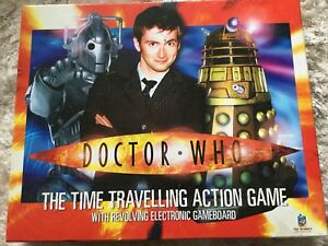Doctor-Who-Time-Travelling-Action-Game-Revolving-Electronic-Board-Game-BBC