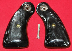Colt-Firearms-DETECTIVE-SPECIALS-Black-Pearl-Grips-D-frame-long-Round-butt