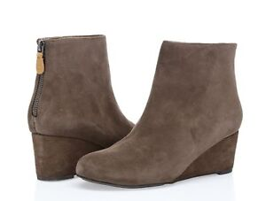a7d94304e72 Gentle Souls Kenneth Cole Vicki Women s brown suede wedge booties sz ...