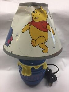 Vtg Winnie The Pooh Ceramic Storytime Lamp w/ Shade TESTED Hunny/ Honey Pot Base