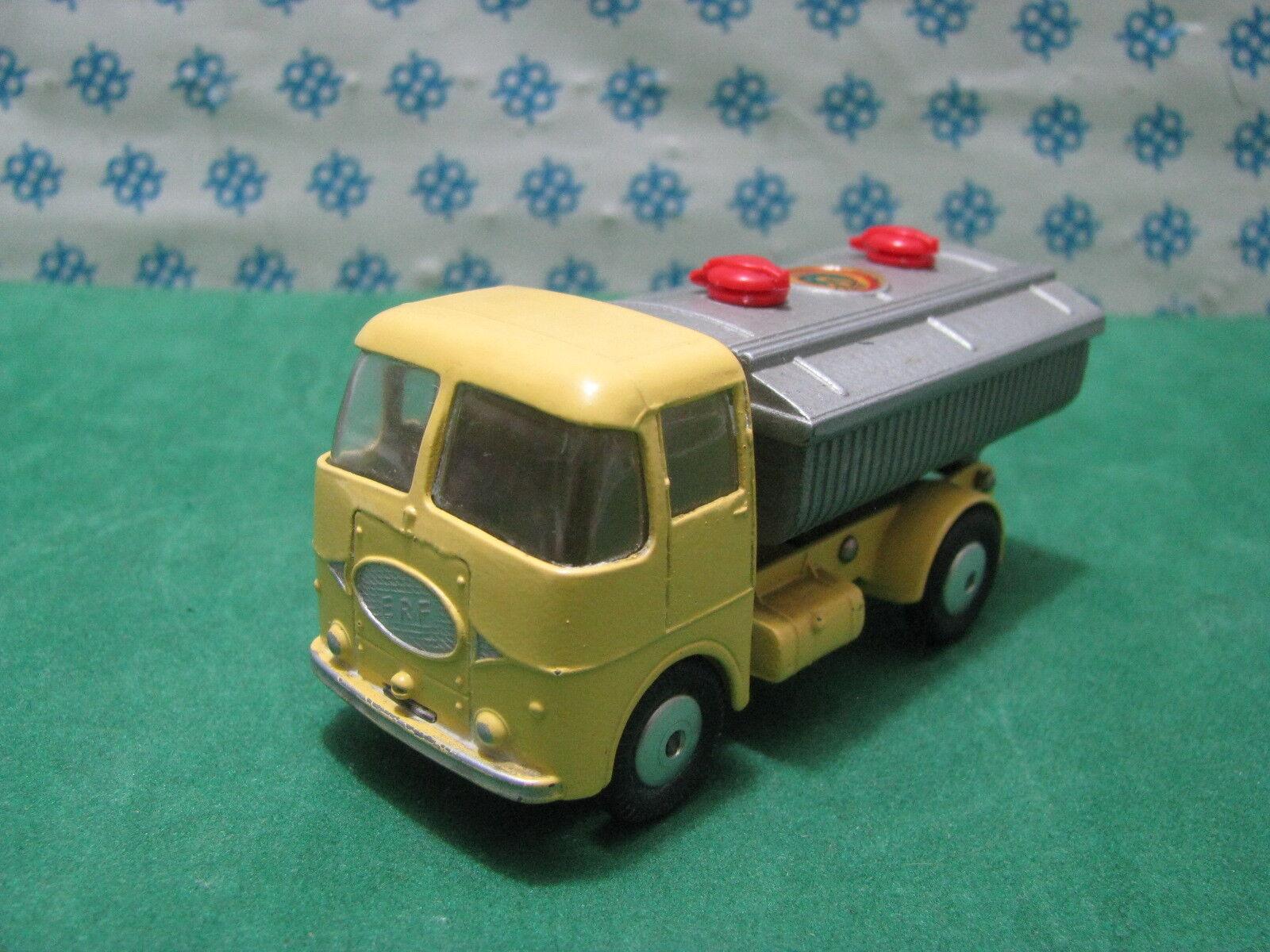 Vintage - E.F R. Model 64 - C. Toys 460 Menthe