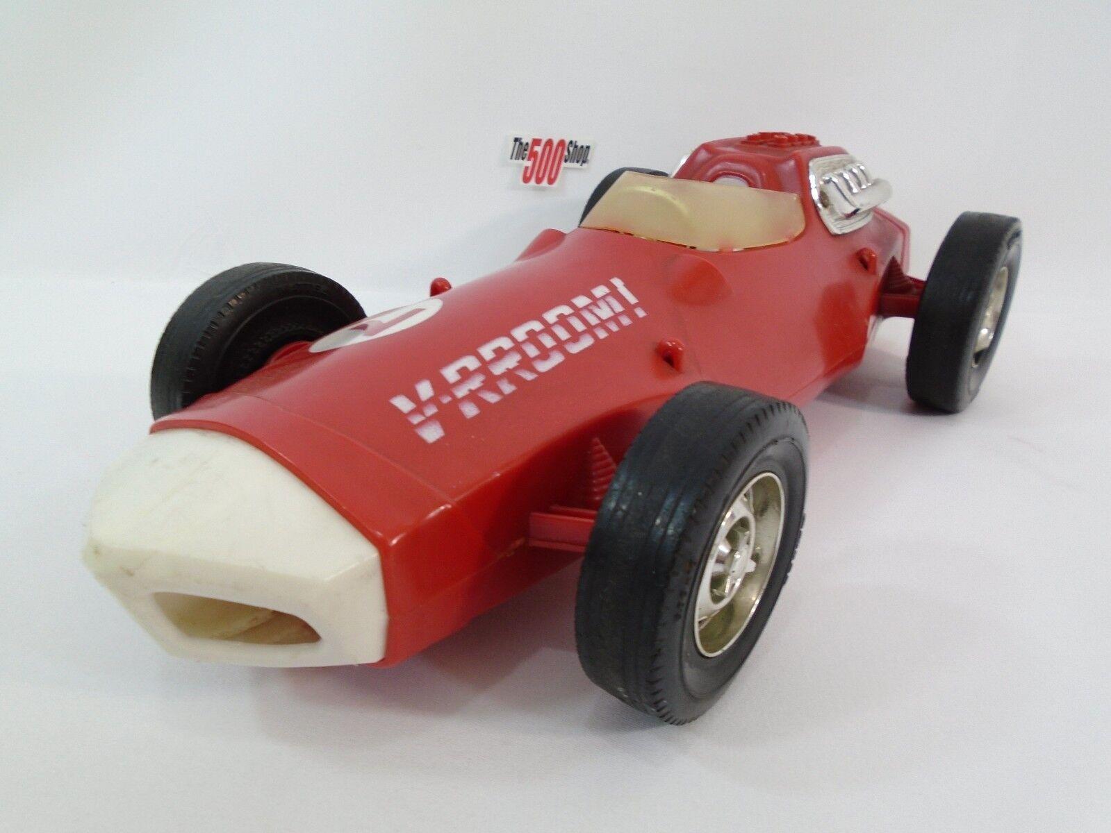 Vintage 1963 V-rroom friction voiture de course made by Mattel