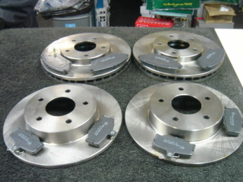 FOR NISSAN ALMERA TINO FRONT /& REAR BRAKE DISCS BRAKE PADS
