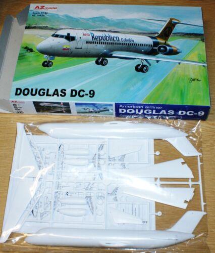 Aero Republica Colombia Douglas DC-9 in 1//144 von AZ-Models