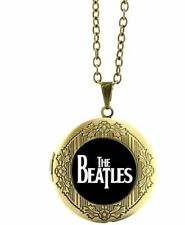 "The BEATLES Classic Logo Glass Dome Locket PENDANT on 22 "" Chain"