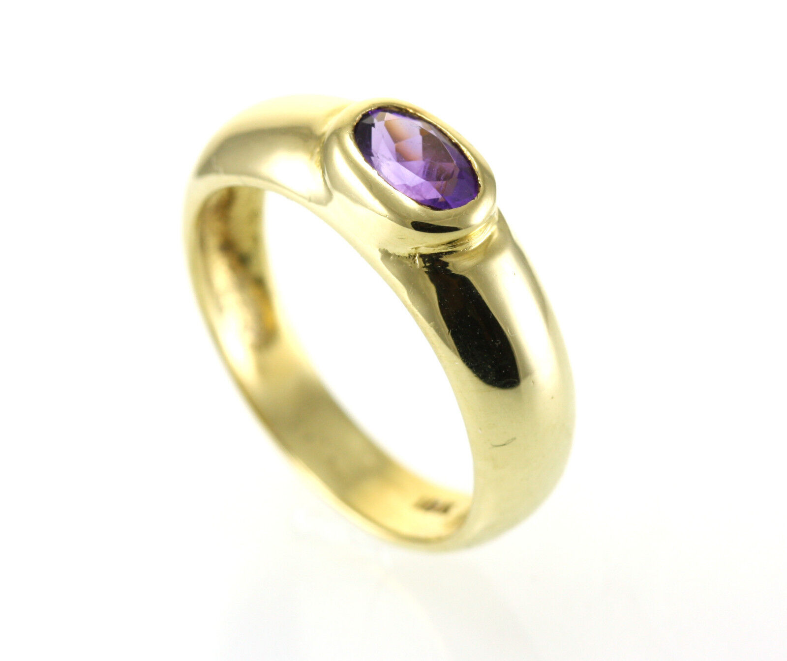 18KT YELLOW gold RING WITH OVAL ZAMBIAN AMETHYST FACETED FINE QUALITY