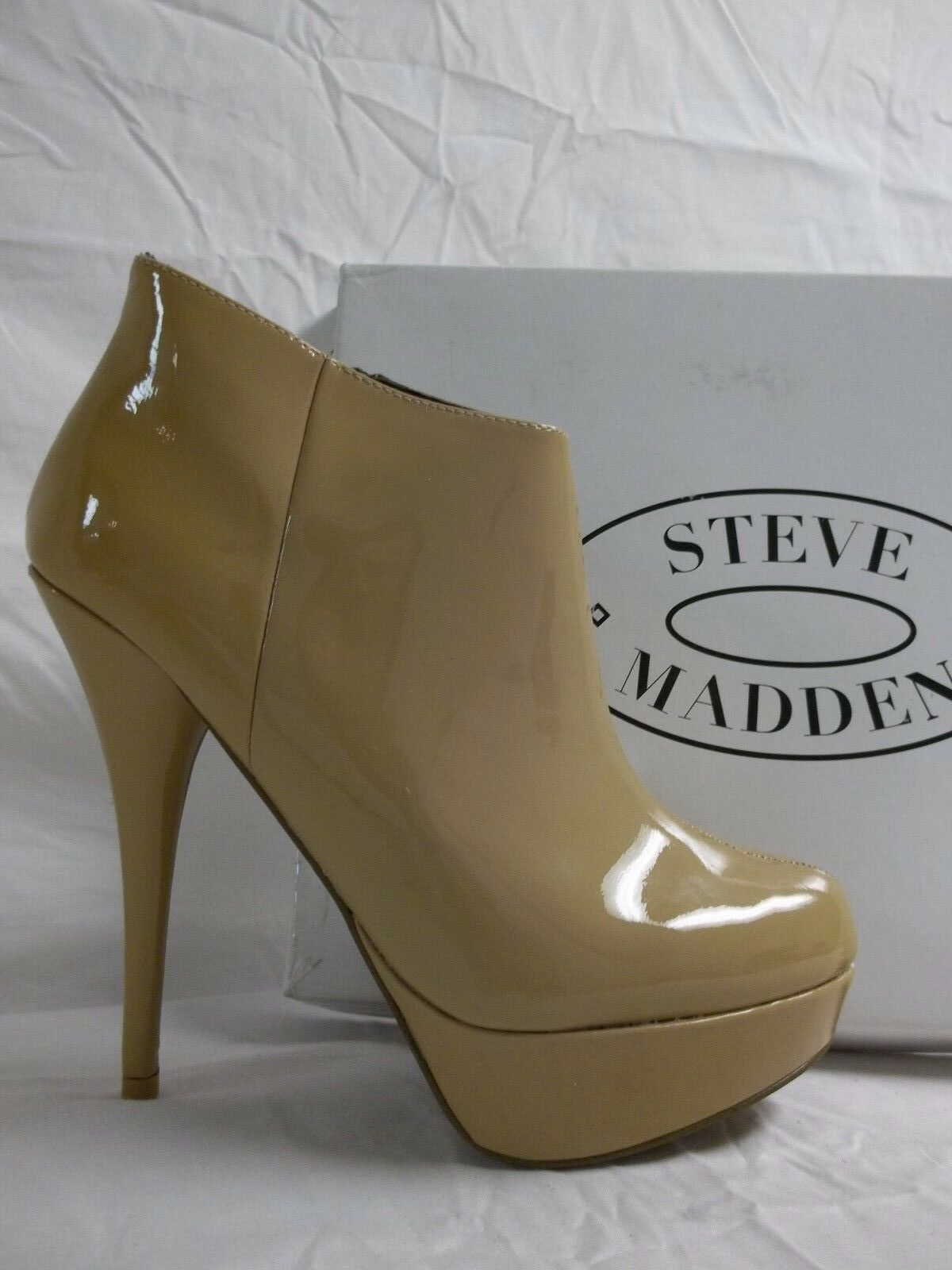 Steve Madden Size 9.5 M Chelseey Blush Patent Leather Booties Shoes New Donna