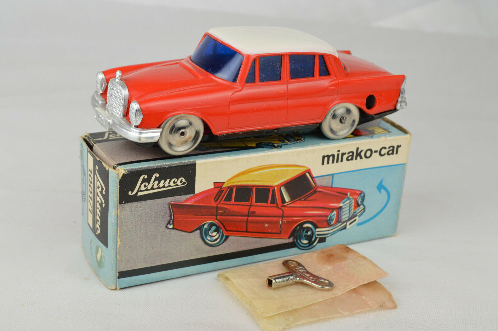Vintage Schuco  1 Mercedes mirako Auto 4 34 de largo Alemania Occidental Nm wbox