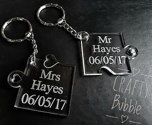 2-x-hand-made-personalised-engraved-jigsaw-piece-key-rings-couple-wedding-gift