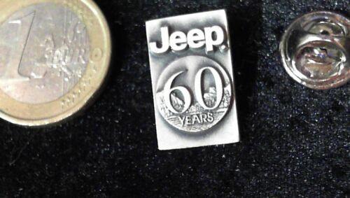 Chrysler Pin Badge JEEP 60 Jahre Jubiläum Anniversairy Years Edelstahl edel und