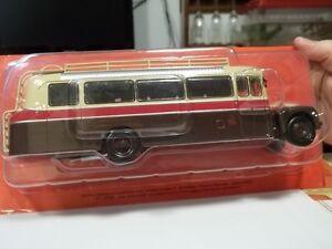 hachette-sc1-43-autobus-citroen-type-46-dp-uad-1955