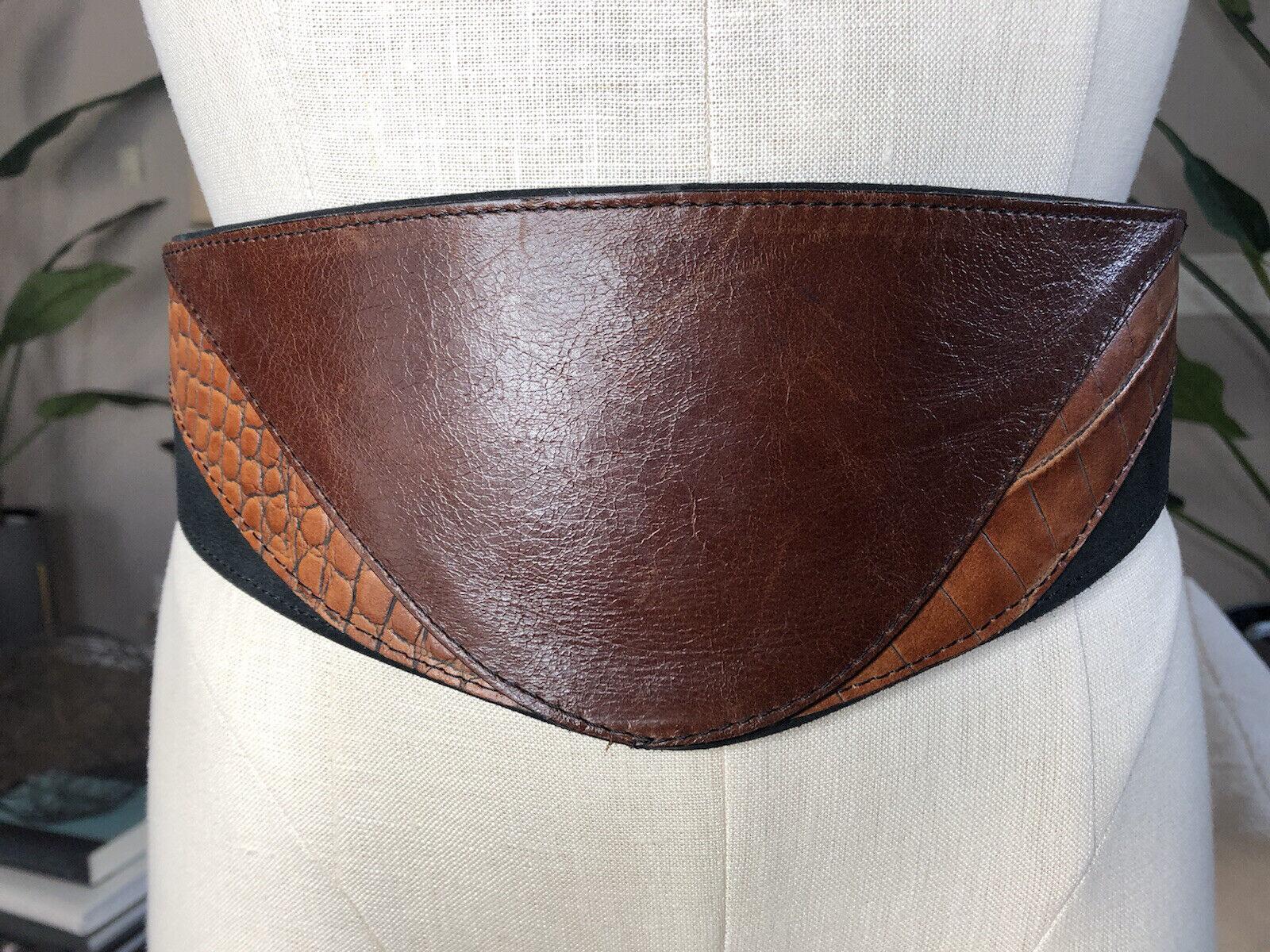 French Connection para mujeres cuero marrón pequeña declaración de cintura cinturón ancho