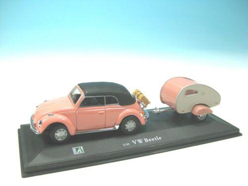 Modellauto im Maßstab 1:43 Cararama VW Käfer Cabrio mit Wohnanhänger