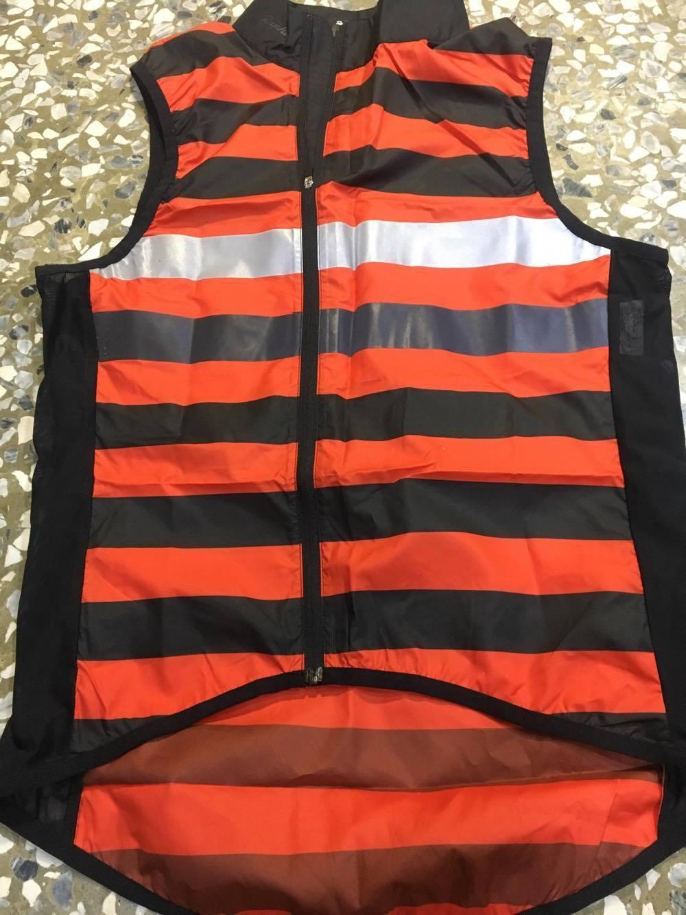 Rapha Brevet Gilet Cycling Vest .  available size  S