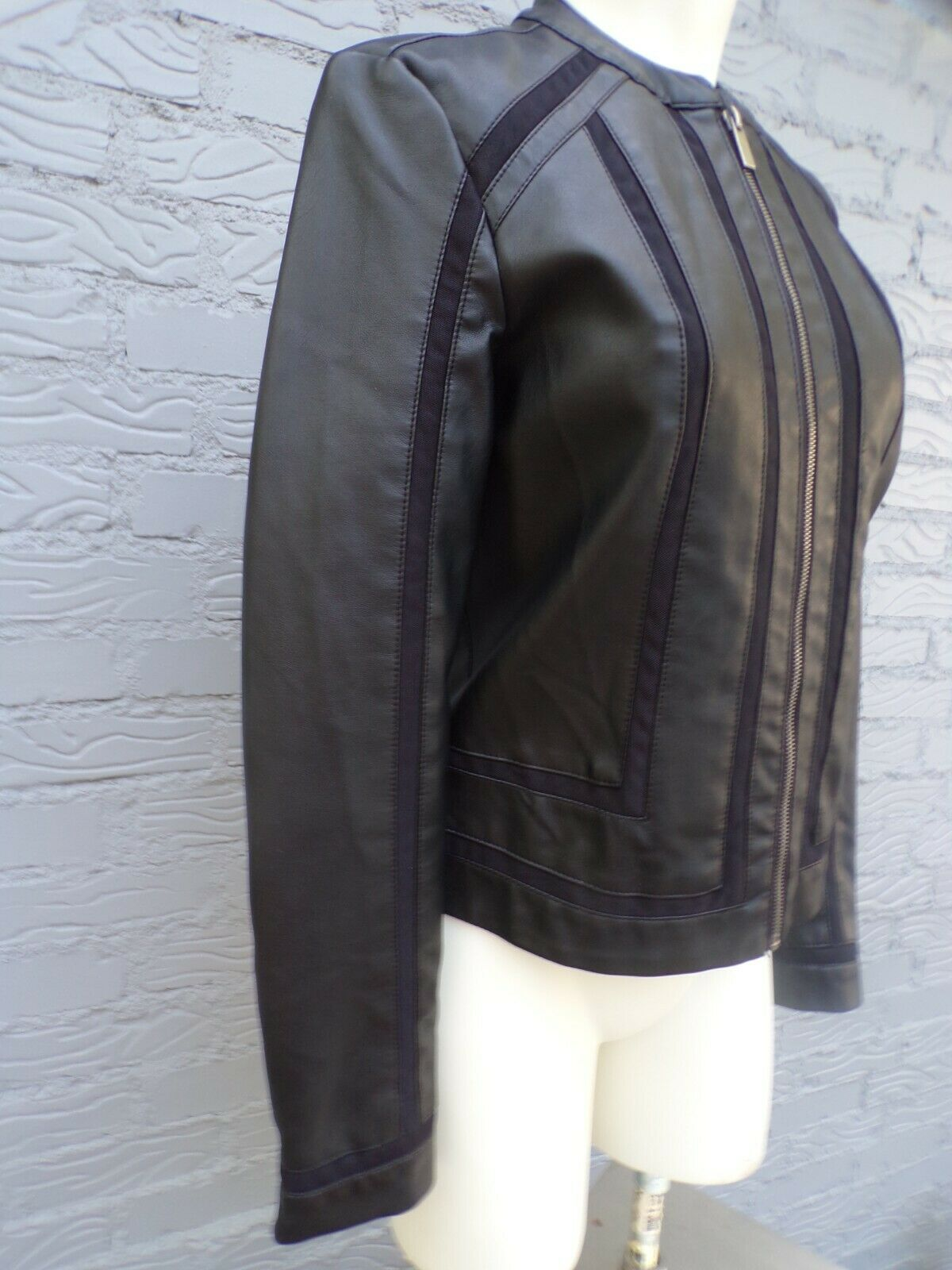 Baccini Women's Faux Leather Jacket With Zipper Front Black Size P/Sm