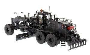 CAT-85522-Caterpillar-High-Line-18M3-Self-Propelled-Motor-Grader-1-50-Car-Toy